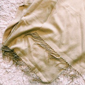 Forever 21 Accessories - Forever 21 Cream Open-Front Blanket Scarf